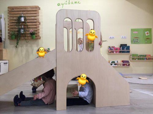 Guarderías privadas frente a espacio infantil